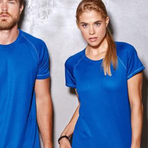 Stedman-Active-140-Naisten-tekninen-t-paita-päällä